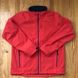 NWT vineyard vines rain jacket size M